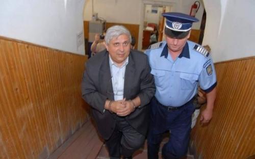 Felvillanyozta üzlettársát a Bihar megyei RMDSZ-elnök elmés pénzmosodája