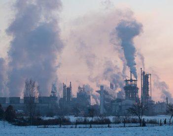Az Azomureş szennyez, a hatóságok csak füstölögnek