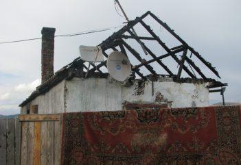 Gyergyói gyújtogatás: évek óta csak tűzoltás folyik – integráció helyett