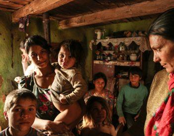 Vadgalambfalva: a falu fejlődik, a roma telep csak növekszik