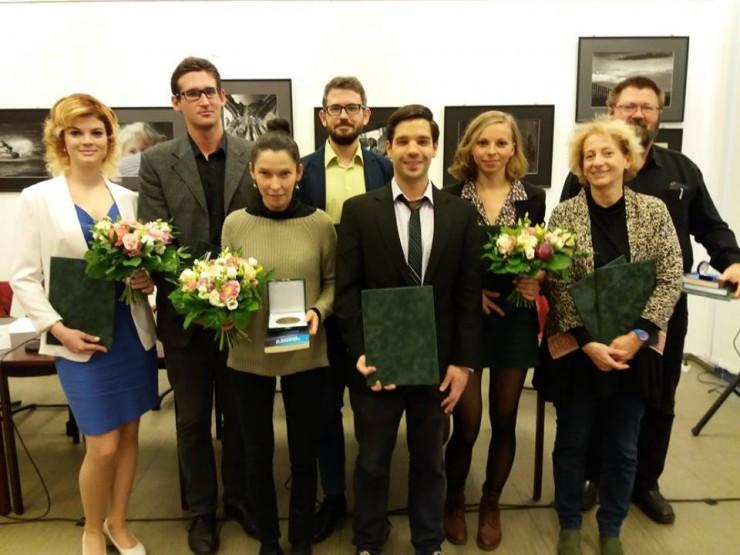 A díjazottak, balról jobbra: Nádasi Eszter, Kiss Dániel, Jakab Villő Hanga, Juhász Dániel, Teczár Szilárd, Neuberger Eszter, Hajdú Judit, Kovács Zoltán