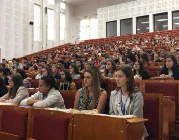 Kinek és miért vonzó Magyarországon a romániai diploma?