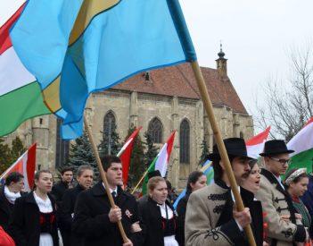 Mire jó az RMDSZ zászlóhatározata?