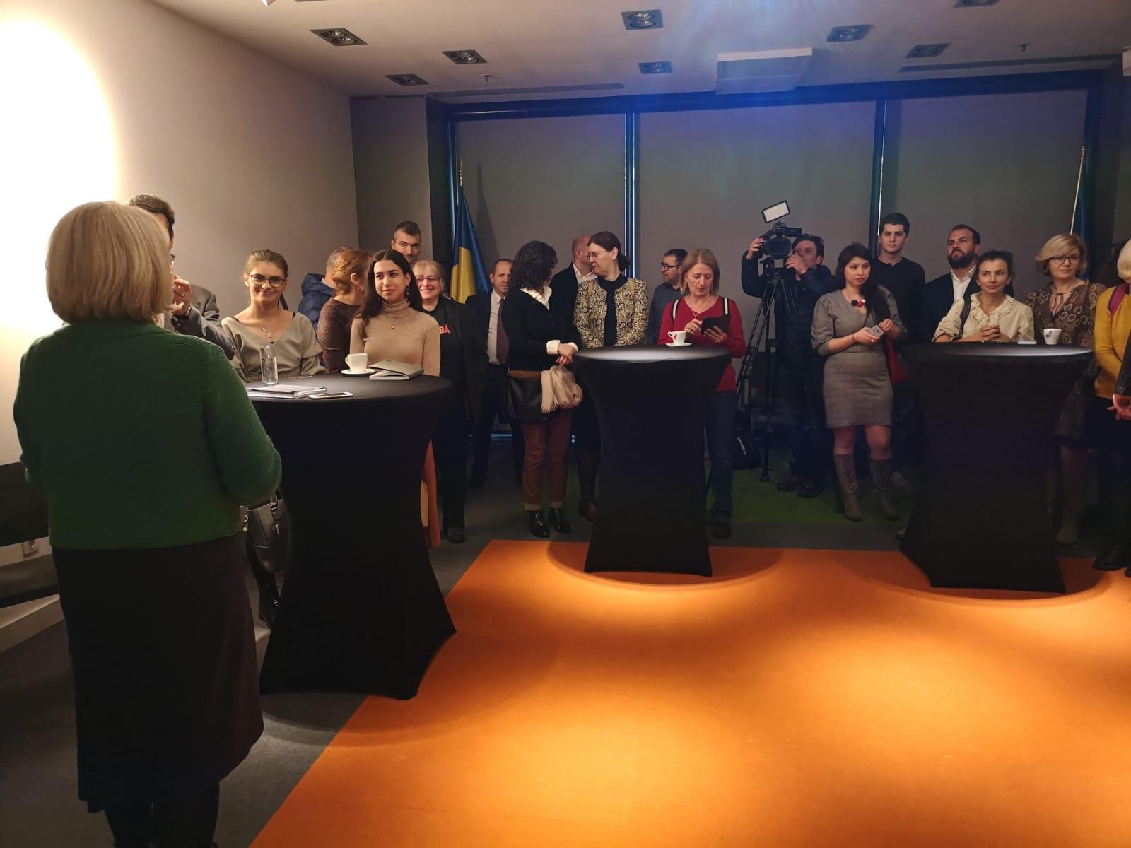 A pressHUB market indulása idején tartott sajtótájékoztató