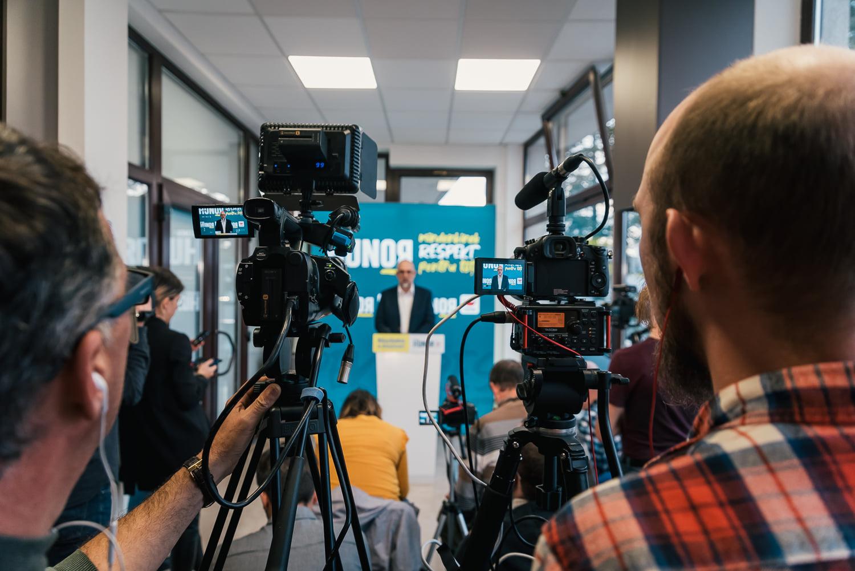 Kelemen Hunor RMDSZ-elnök sajtótájékoztatón. Fotó: Kelemen Hunor Facebook-oldala