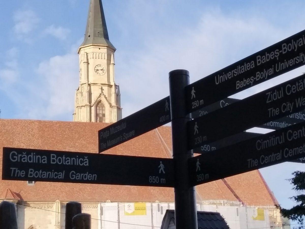 Tăblițe bilingve turistice la Cluj