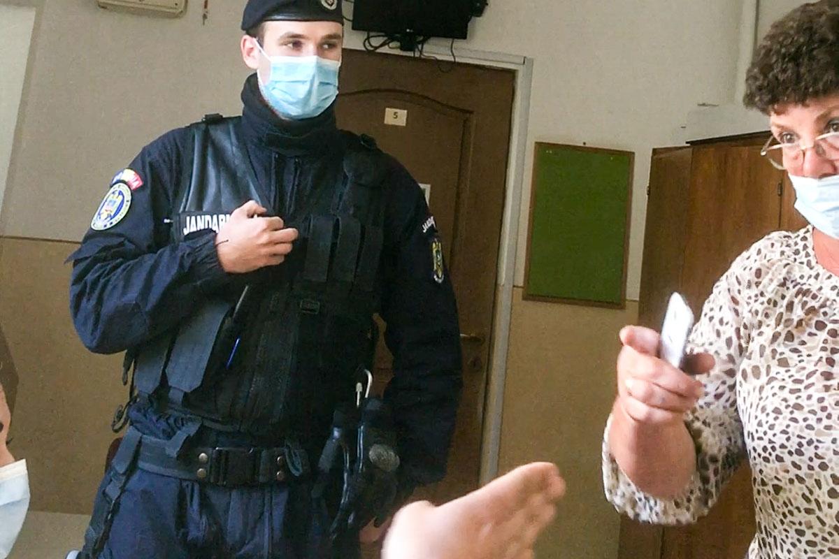 A marosvásárhelyi 65-ös körzet elnöke magyarellenes kirohanással fenyegeti a választási megfigyelőt