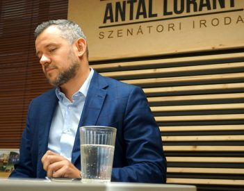Úgy rendelt pályázatokat Csíkszereda Antal Lóránt cégétől, hogy azért büntetés járt