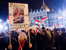 Orbán a melegpropagandisták csicskása, ha én hazaromboló vagyok, ugye?