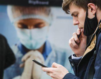 Beizzított hazugságok: így veri át a Philip Morris a dohányzókat, a honatyákat és az orvosokat